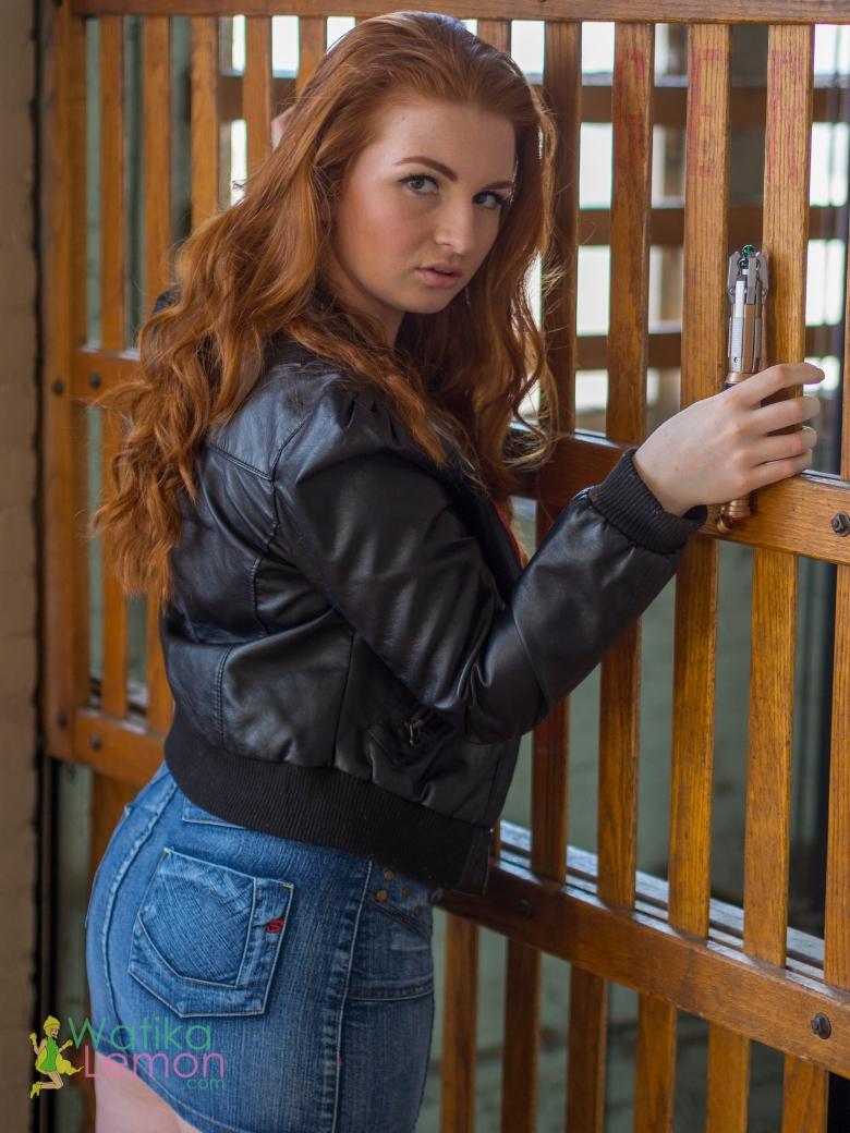 Amy Pond-2